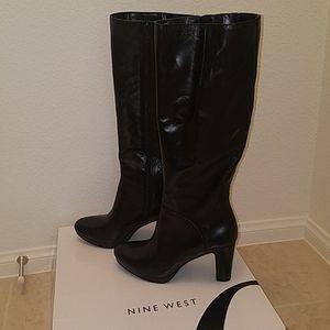 NWT Nine West heeled boots